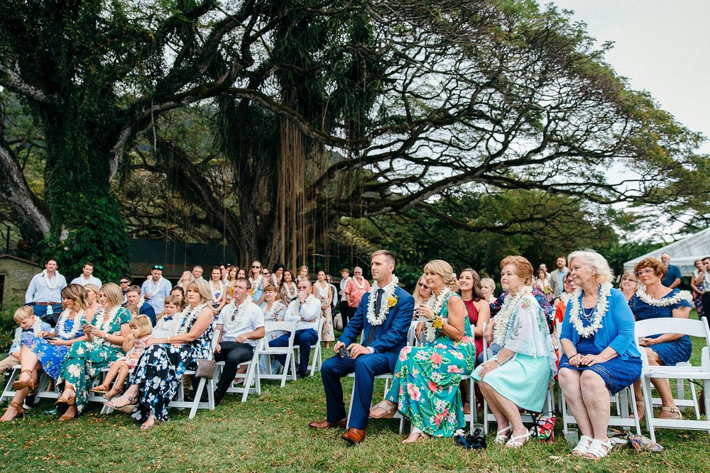 Dani & Mat Elope to Kualoa Ranch's Molii Gardens on Oahu's North Shore