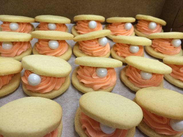 Clamshell Cookies