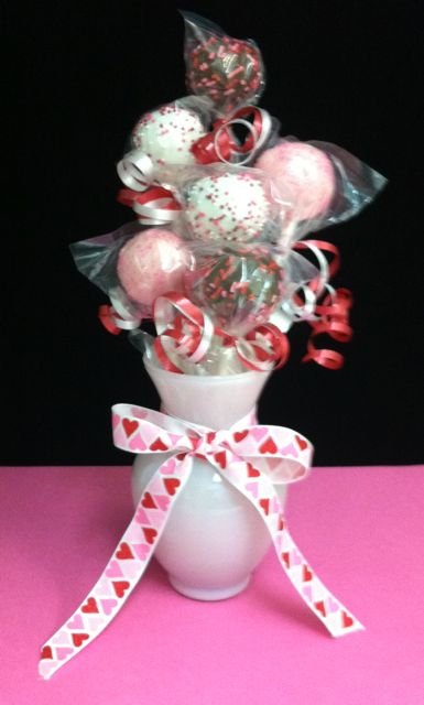 Small Cake Pop Bouquet
