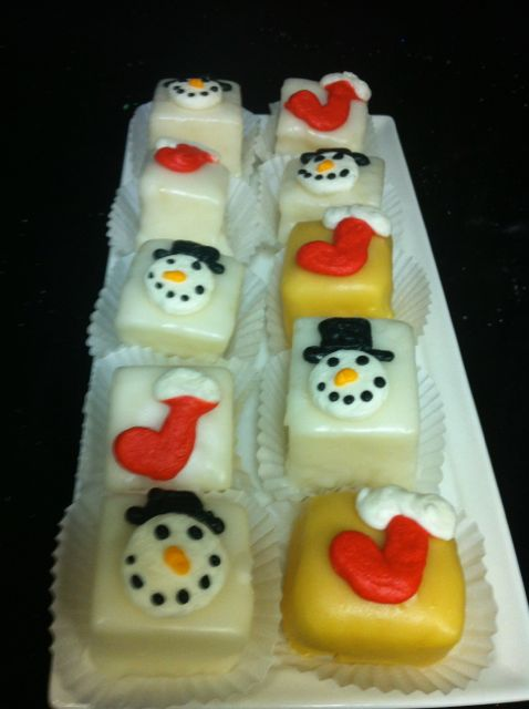 Christmas Petit Fours