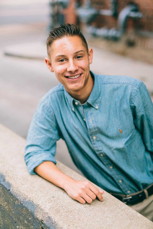 Tyler Senior Blog-12.jpg