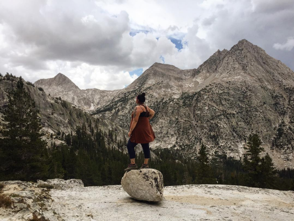 Jolie in the mountains. Photo by  @numu_wanderer / Autumn Harry