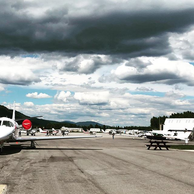 General Aviation is out in full force today on KSZT's ramp! Not sure if we had a free tie-down space with all the pilots visiting Quest after Missoula's AOPA Fly-In. #aopa #questaircraft #generalaviation #aviation #aviationlovers #aviationphotography #instagramaviation #sandpoint #airport #idaho