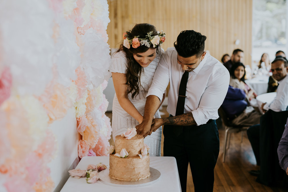 DIY Auckland Wedding, Cake with gold frosted icing