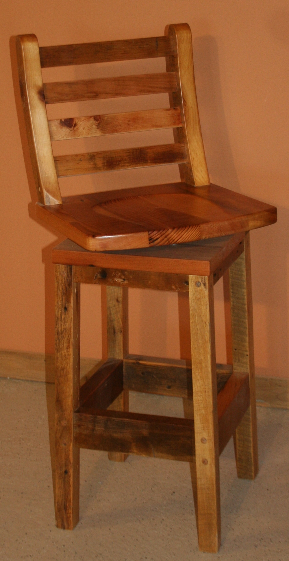rustic restaurant bar stools rustic restaurant furniture rustic hospitality furniture and. Black Bedroom Furniture Sets. Home Design Ideas