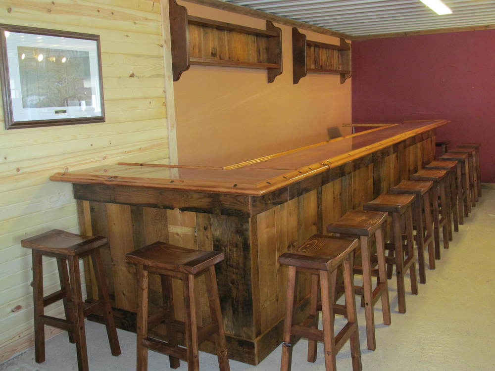Rustic bars rustic restaurant furniture rustic for Design restaurant table