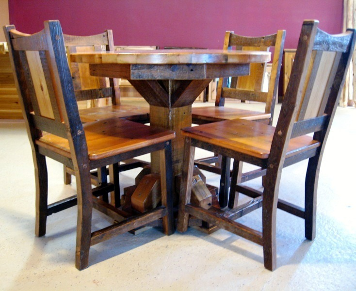 Round barnwood table g