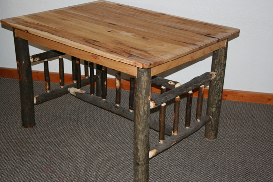 hickory-dining-table-003.jpg