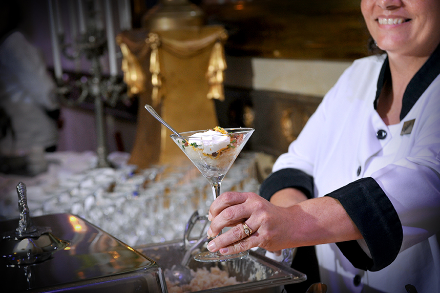We serve each of your guests, so they don't have to serve themselves!