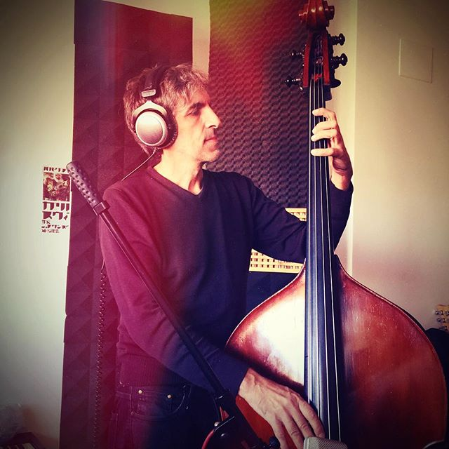 The Bass Man (hinting at something new to come) #rome #bass #recording #music #zachashtons #manadrift #uprightbass