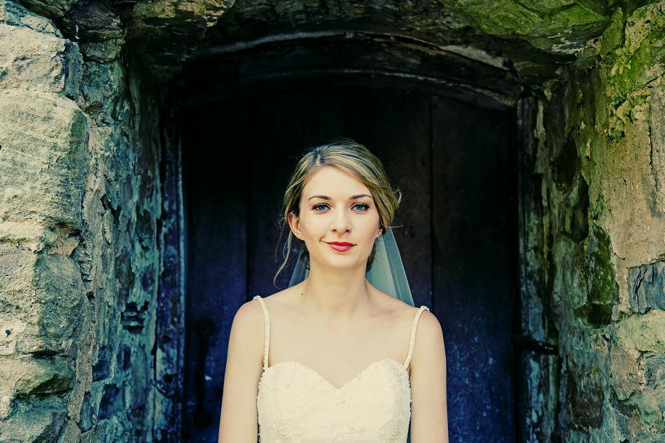natural bride portrait