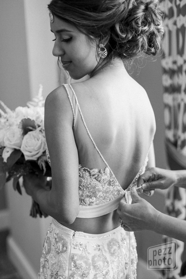 bride detail pezz photo