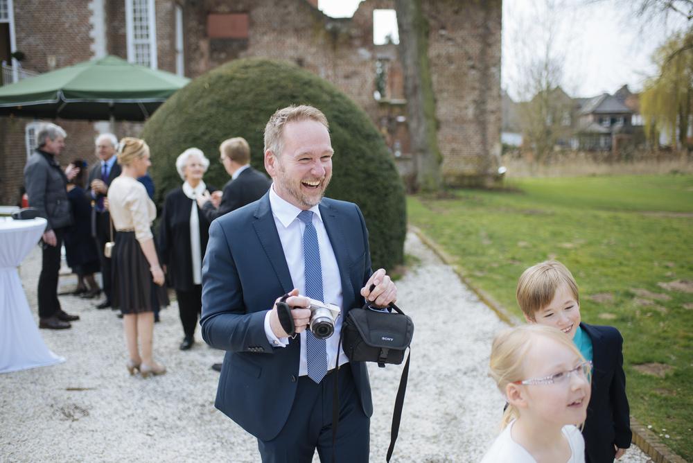 Hochzeitsfotograf-Schlossruine-Hertefeld-Weeze-047.jpg