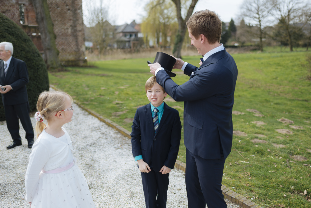 Hochzeitsfotograf-Schlossruine-Hertefeld-Weeze-049.jpg