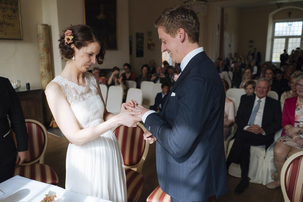 Hochzeitsfotograf-Schlossruine-Hertefeld-Weeze-079.jpg