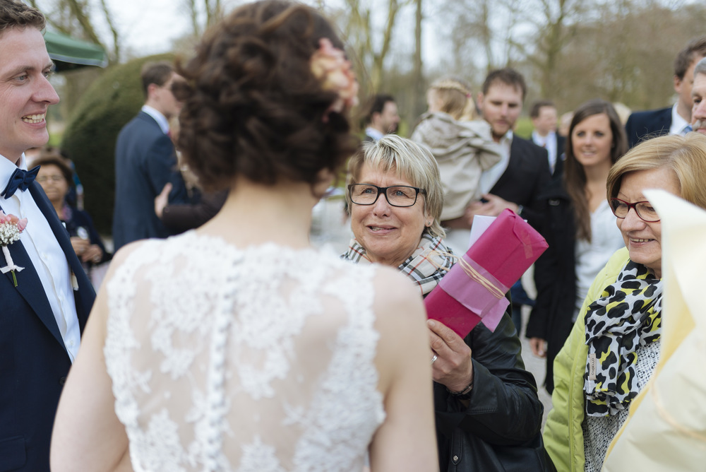Hochzeitsfotograf-Schlossruine-Hertefeld-Weeze-093.jpg