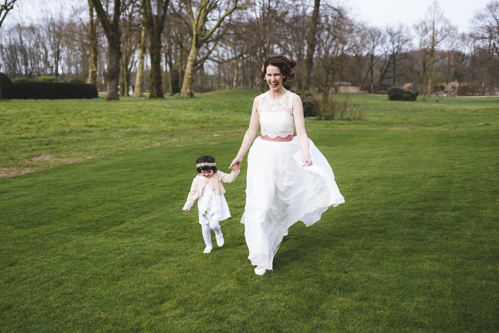Hochzeitsfotograf-Schlossruine-Hertefeld-Weeze-120.jpg