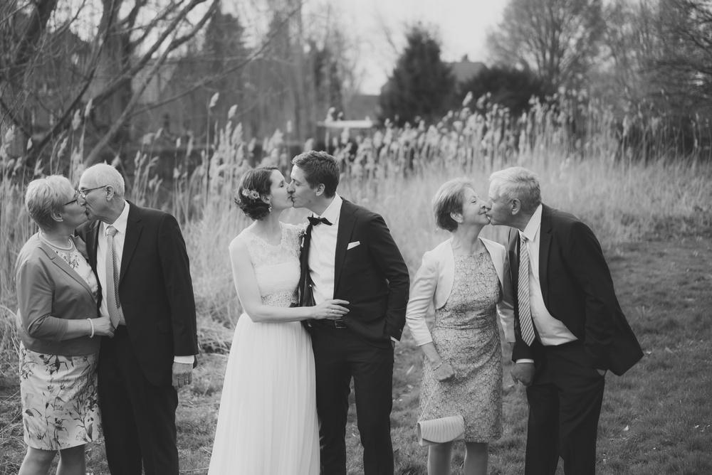 Hochzeitsfotograf-Schlossruine-Hertefeld-Weeze-122.jpg