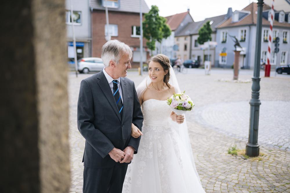 Mona und Marius Kirche130.jpg