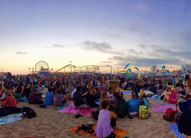 Summer concerts on the beach ☀️ #santamonica #somanywaterpokemon 📷 @priortojuly23 🤗