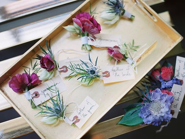 Here we go again! Bring it on 2017! #wedding #weddingplanner #fighouse floral design @poppyandblush 📷 @lucymunozphotography