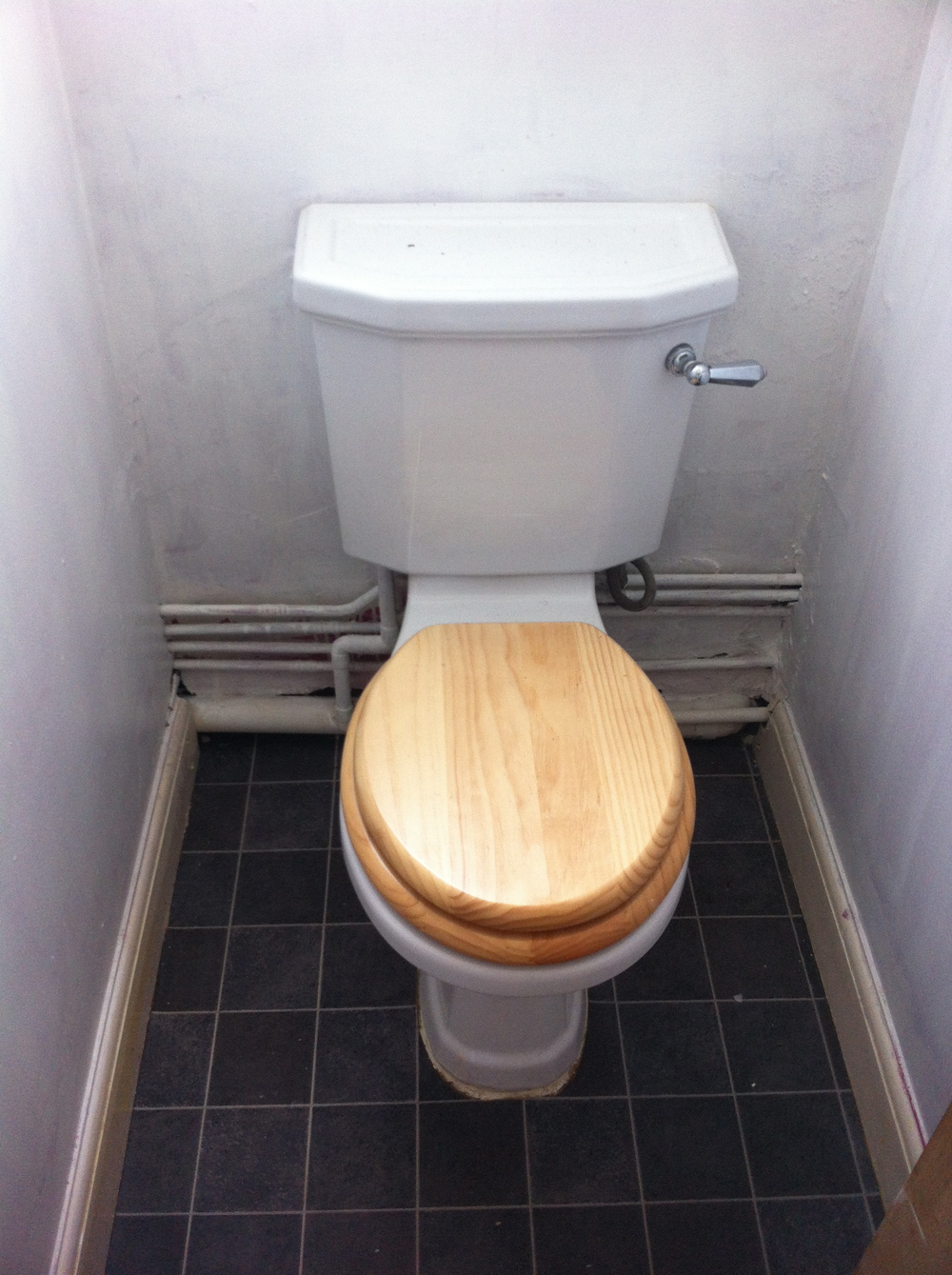 BEFORE + AFTER: TOILET ROOM