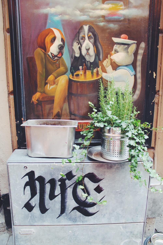 gamla stan street art