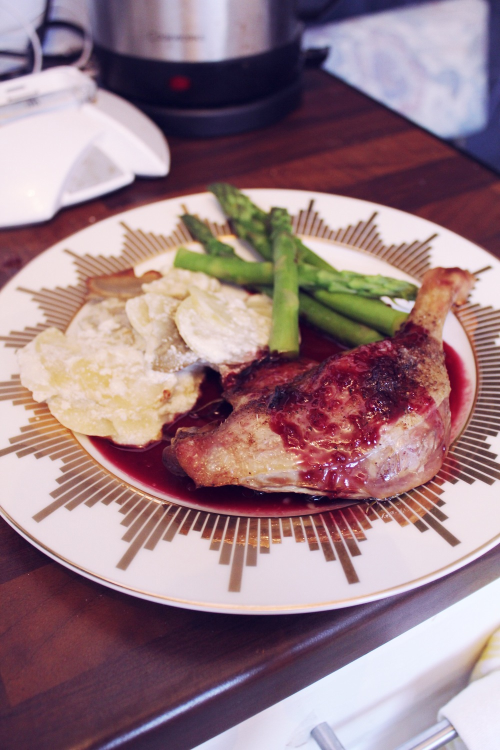 roast duck red wine sauce