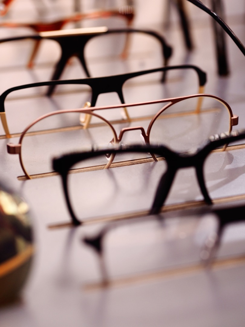 hipster glasses