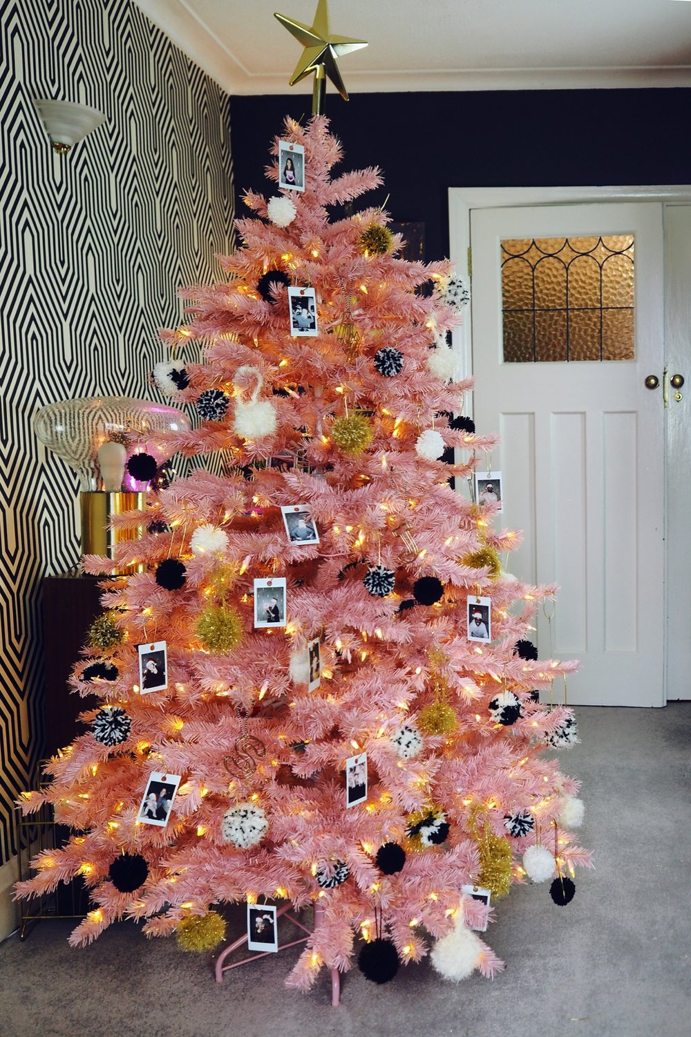 This year I decided to create an alternative christmas tree! Click through t see more ideas for how you can create an alternative decor look this christmas including a pink christmas tree!