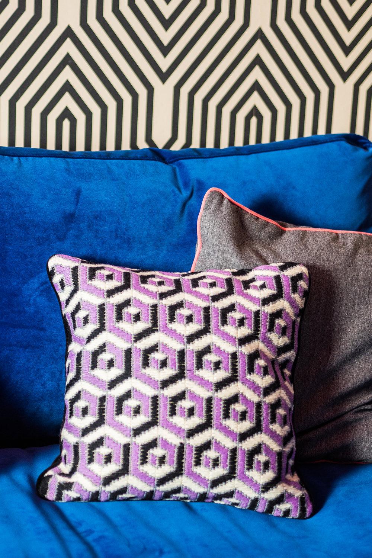 livingroomreveal_SA_HiRes_029.jpg