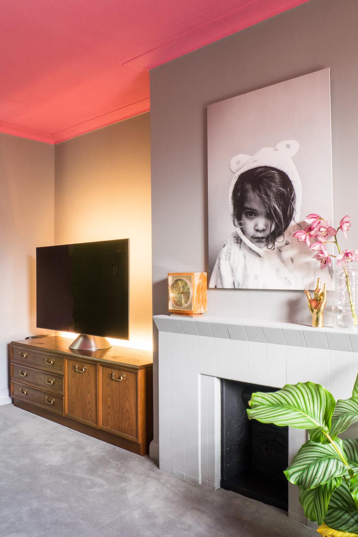 livingroomreveal_SA_HiRes_014.jpg