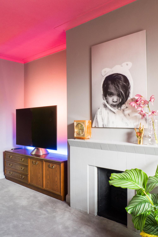 livingroomreveal_SA_HiRes_013.jpg