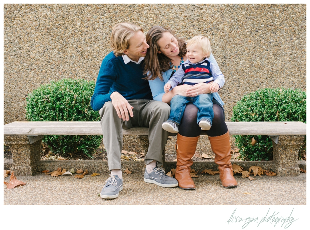 family session in meridian hill park washington dc family photographer lissa ryan photography
