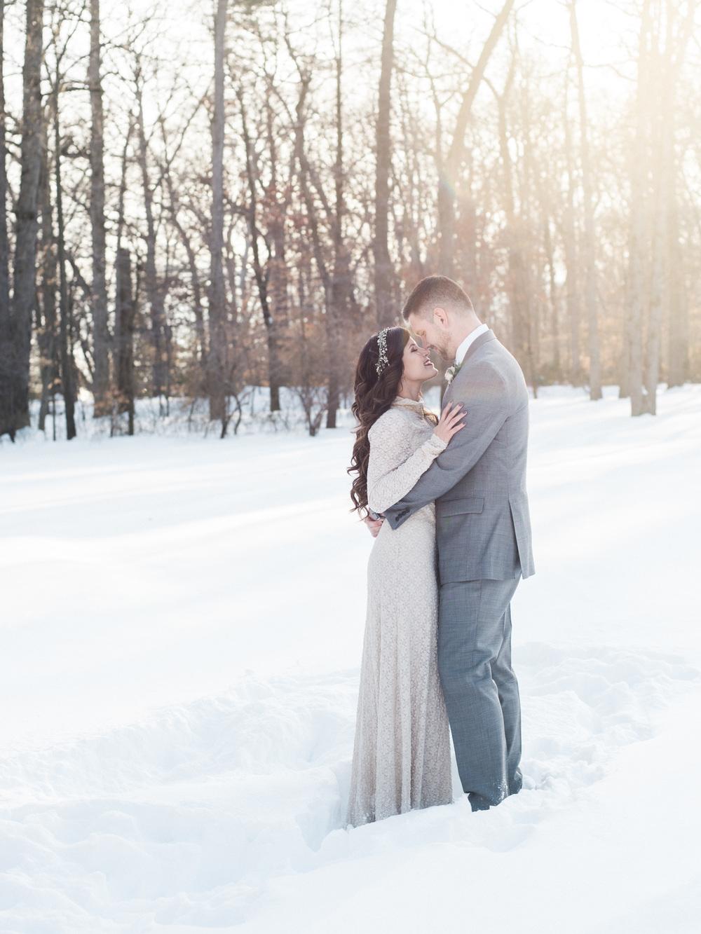 snow winter wedding inspiration blizzard washington dc wedding photographer lissa ryan photography