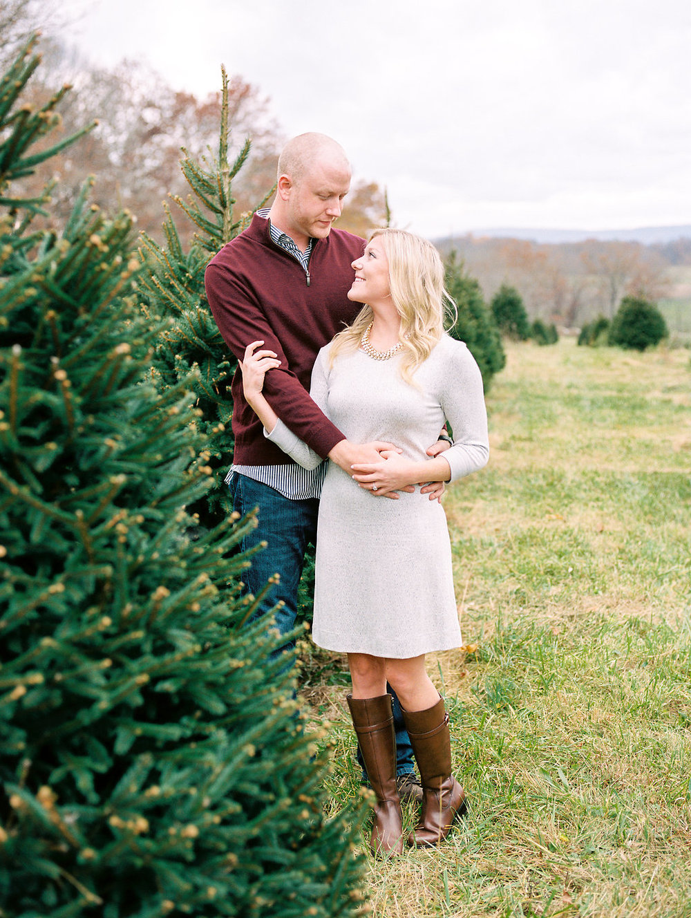 christmas tree farm engagement photos middleburg virginia wedding photographer lissa ryan photography