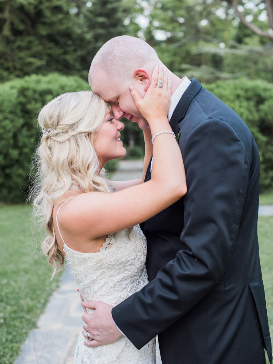 rust manor house leesburg virginia outdoor wedding fine art wedding photographer lissa ryan photography