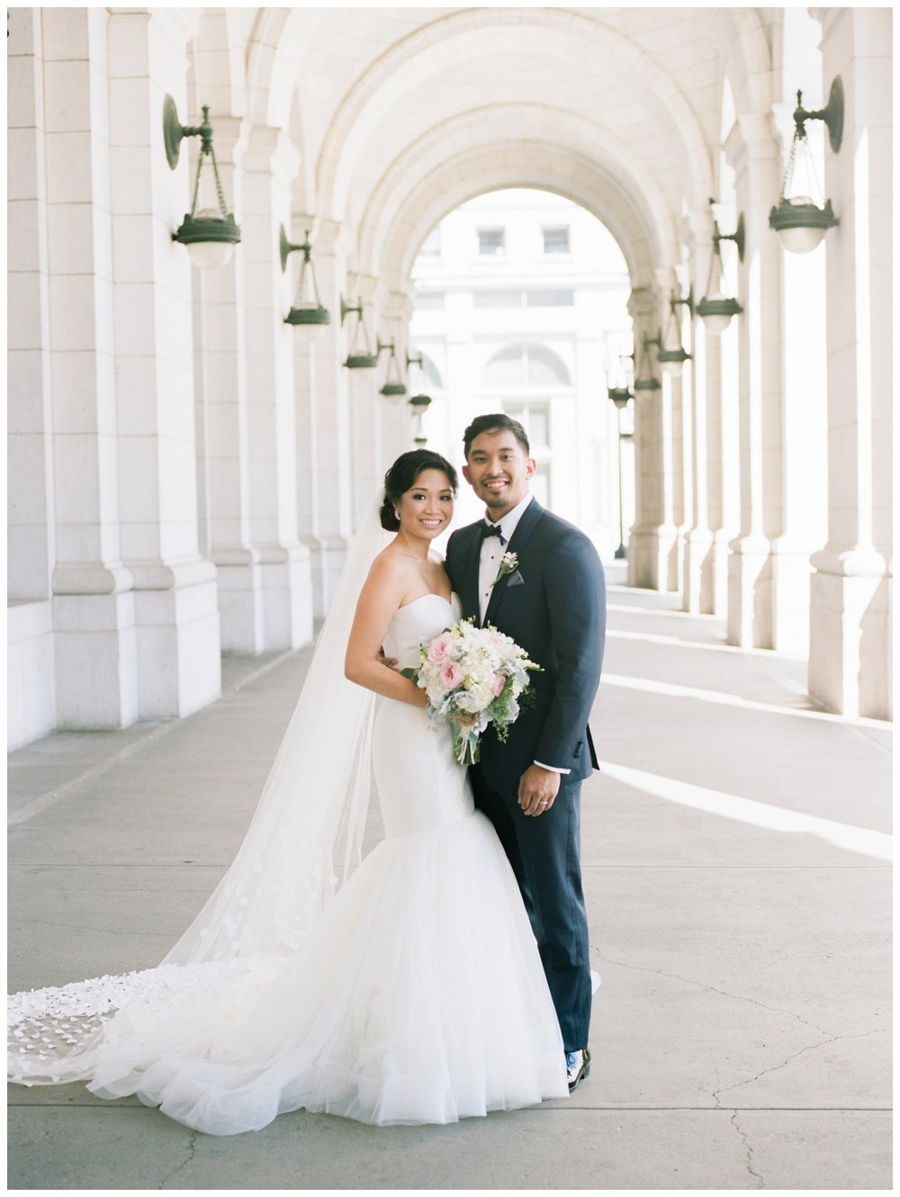 Elegant summer wedding at the Mayflower Hotel in Washington DC and portraits at Union Stations by fine art wedding photographer Lissa Ryan Photography