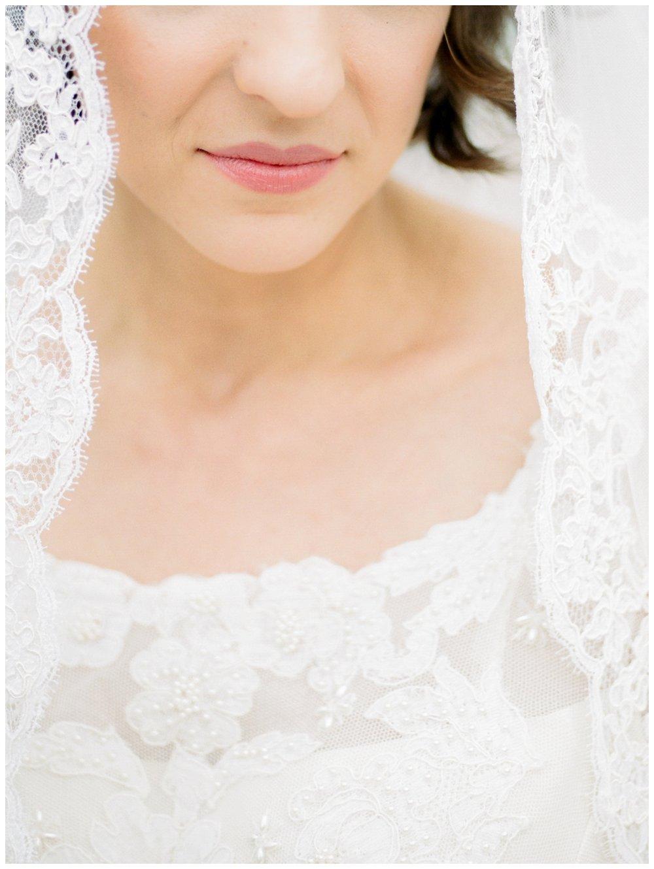 bride wearing her mother's heirloom wedding gown by fine art wedding photographer Lissa Ryan Photography
