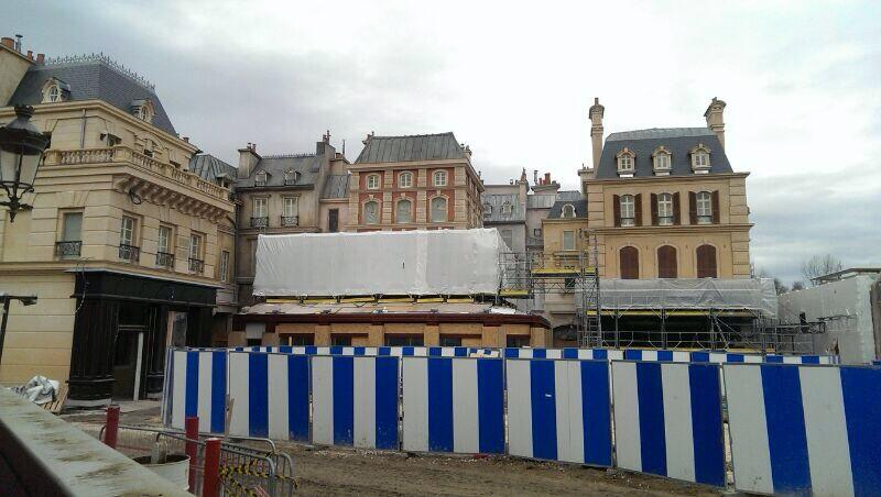 PHOTO: DISNEYLANDPARISFAN (TWITTER) FROM 7TH JANUARY 2014.