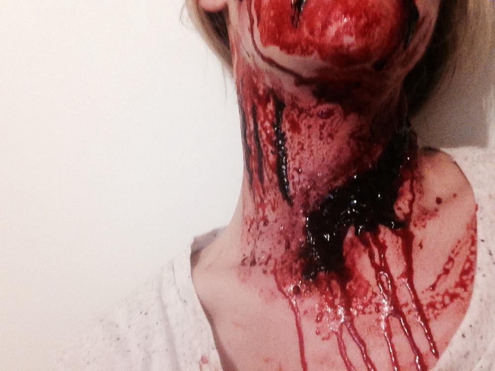 special effect makeup artist  - Horror Gore