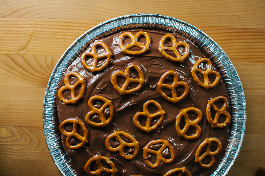 Brownie Pretzel Pie