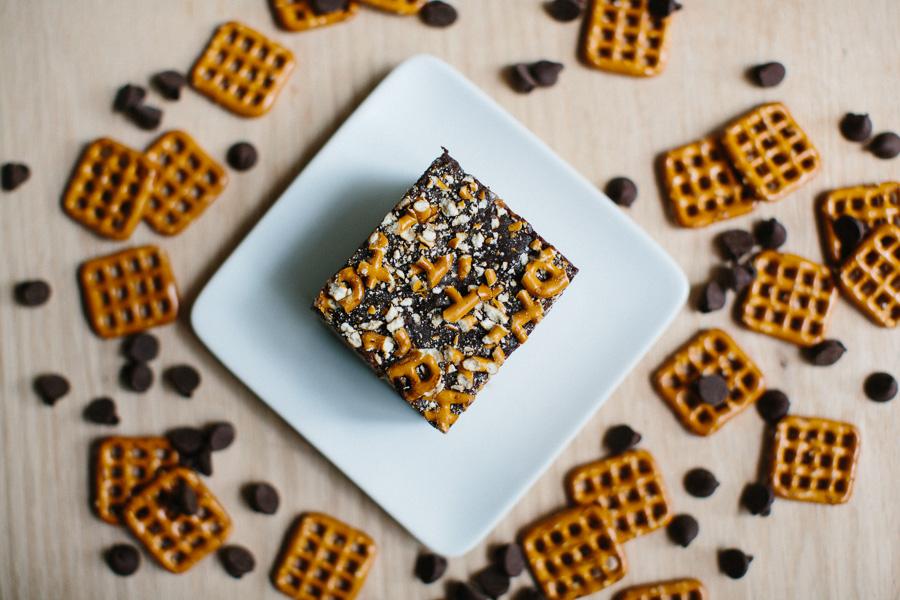 Chocolate Peanut Butter Pretzel Fudge