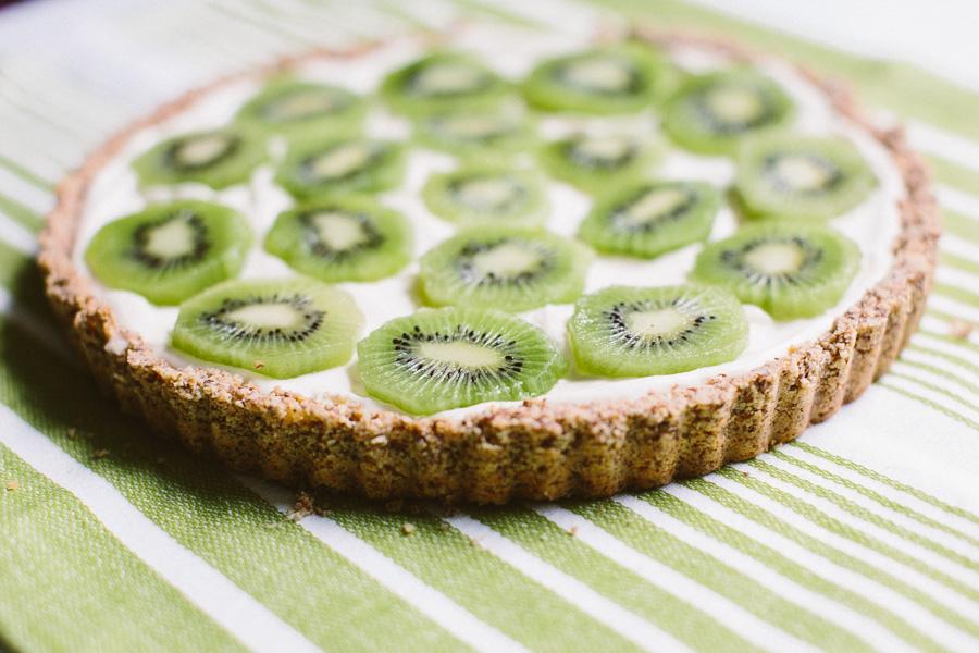Kiwi Tart // Becca Bakes (www.becca-bakes.com)