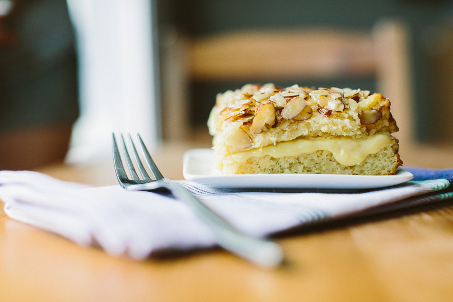 Bee Sting Cake // Becca Bakes (www.becca-bakes.com)