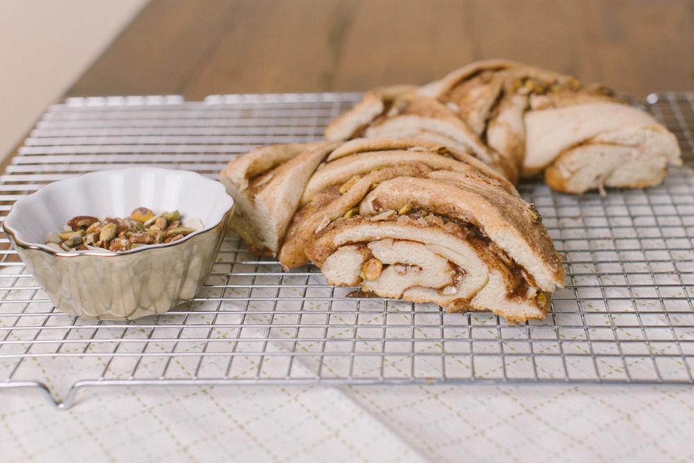 Nut Lover's Cinnamon Wreath | Becca Bakes (www.becca-bakes.com)
