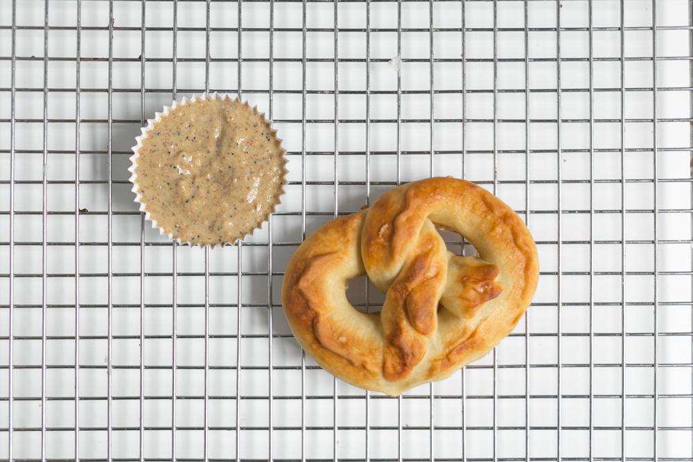 Soft Pretzels | Becca Bakes (www.becca-bakes.com