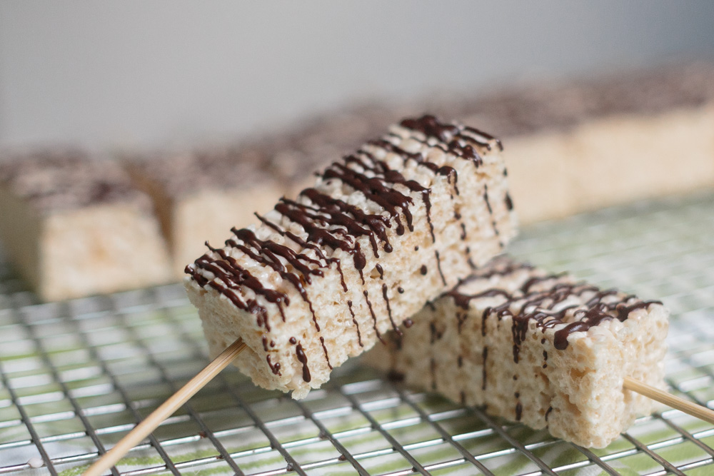 Brown Butter Rice Krispy Treats | Becca Bakes (www.becca-bakes.com)