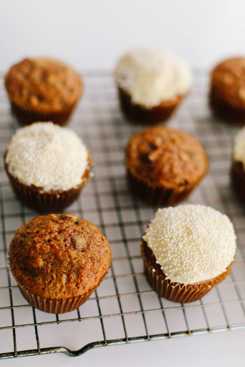 Brown Butter Carrot Cake Cupcakes | Becca Bakes www.becca-bakes.com