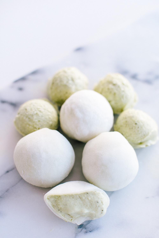 Green Tea Stuffed Mochi Ice Cream | Becca Bakes (www.becca-bakes.com)